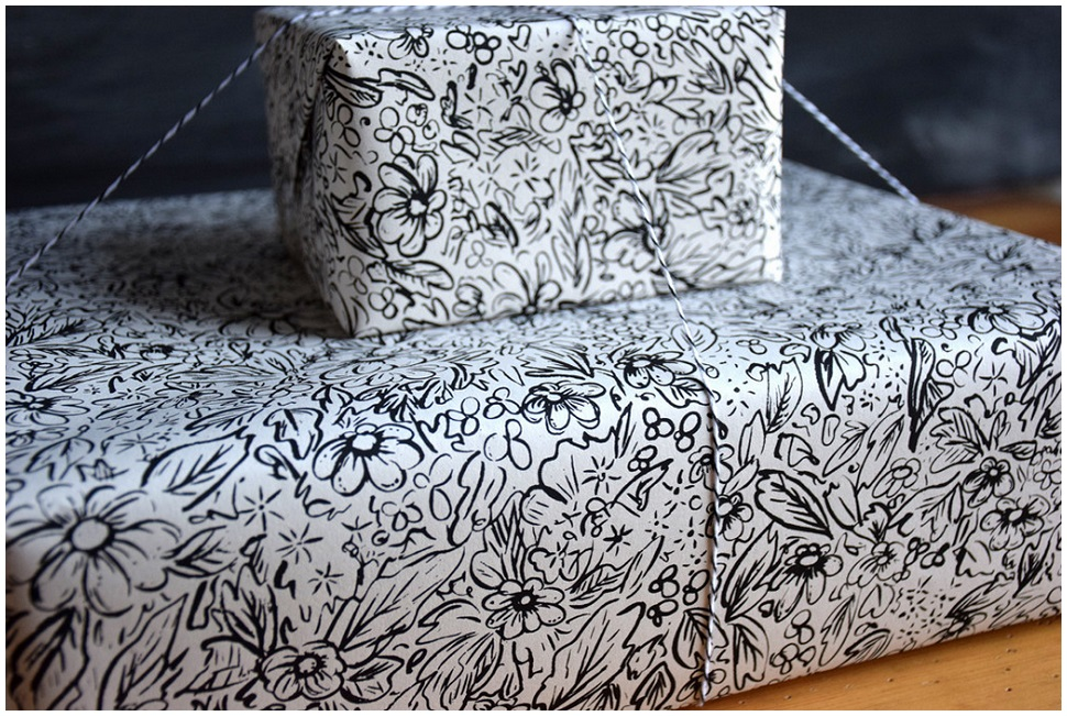 Paper_Black and White Floral_brainstorm-tile