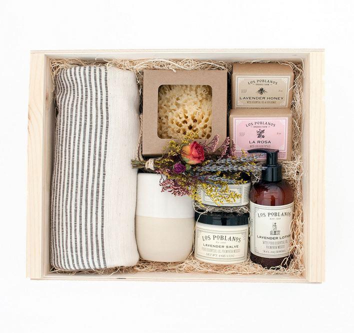 6_Simone Leblanc_Gift Box