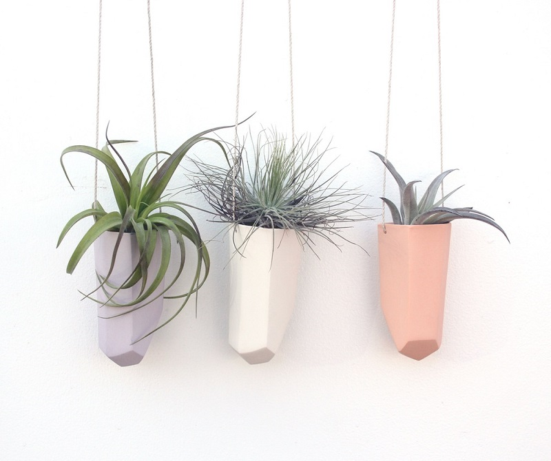 3_Bean-Baily_Skinny Hanging Crystal Planter